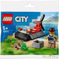 LEGO City  Vadvilági légpárnás mentőjármű 30570