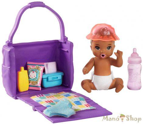 Barbie Skipper Babysitters - Pelenkázószett kisbabával